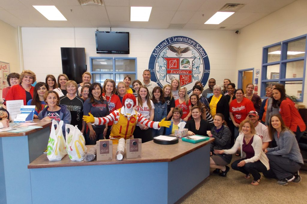 Workday Perk Day - Ronald Stops by Ashland Elementary - April 18 2016