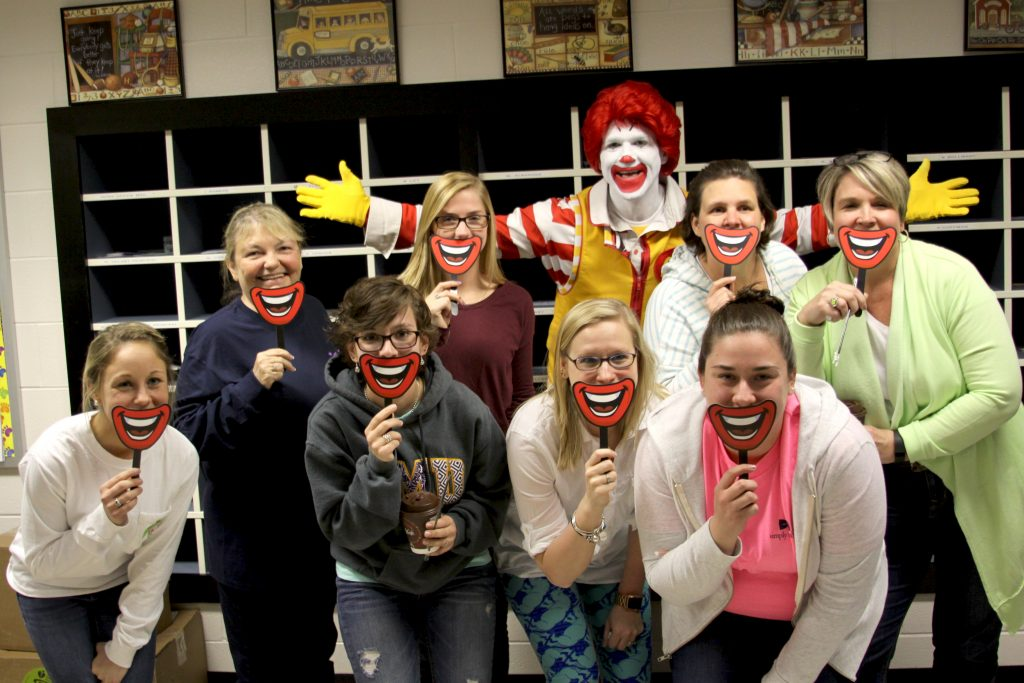 Workday Perk Day - Ronald Stops by Riverview Elementary - April 15 2016